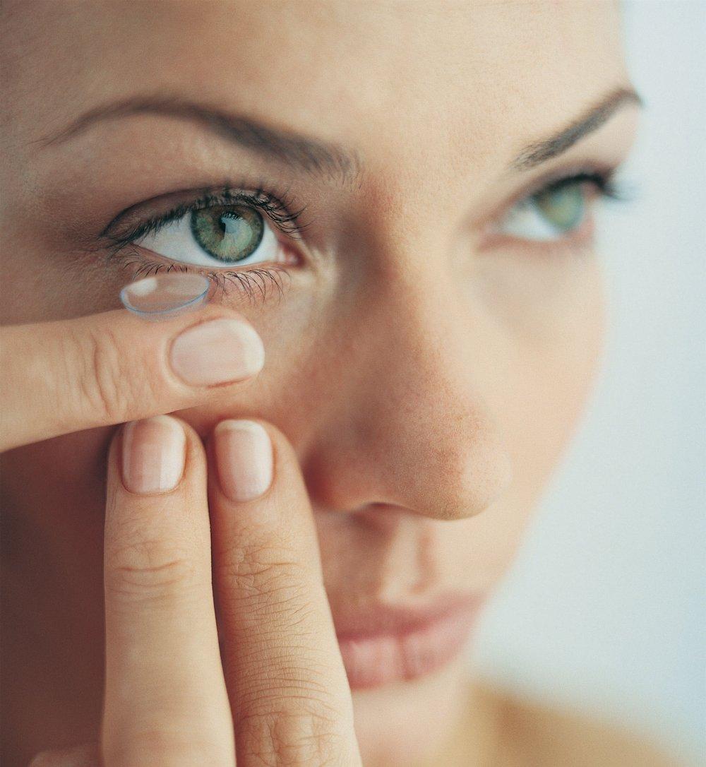 Mettre vos lentilles : ce n'est pas si difficile !